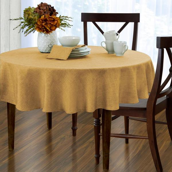 Elrene 70 in. Round Gold Elrene Pennington Damask Fabric Tablecloth 21057GLD