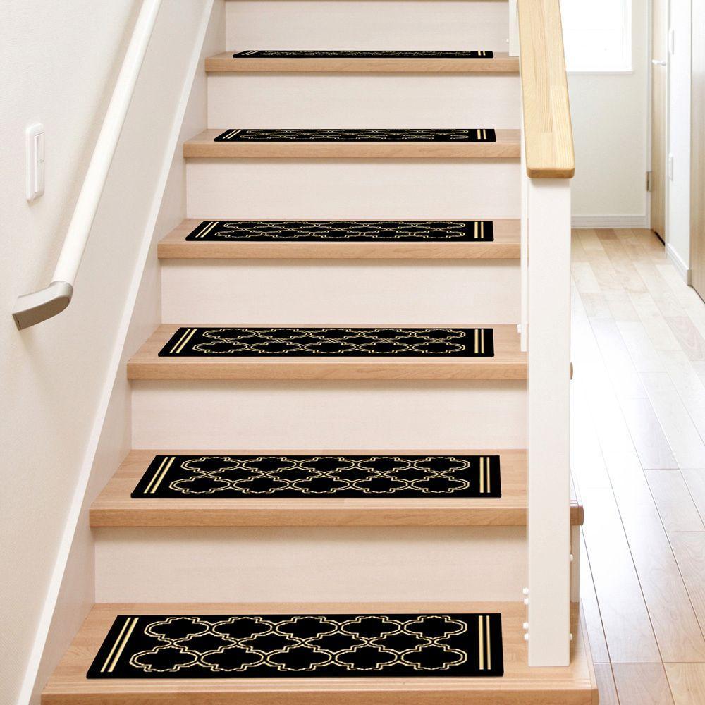 Natco Stratford Garden Gate Black 9 In X 26 In Olefin Stair