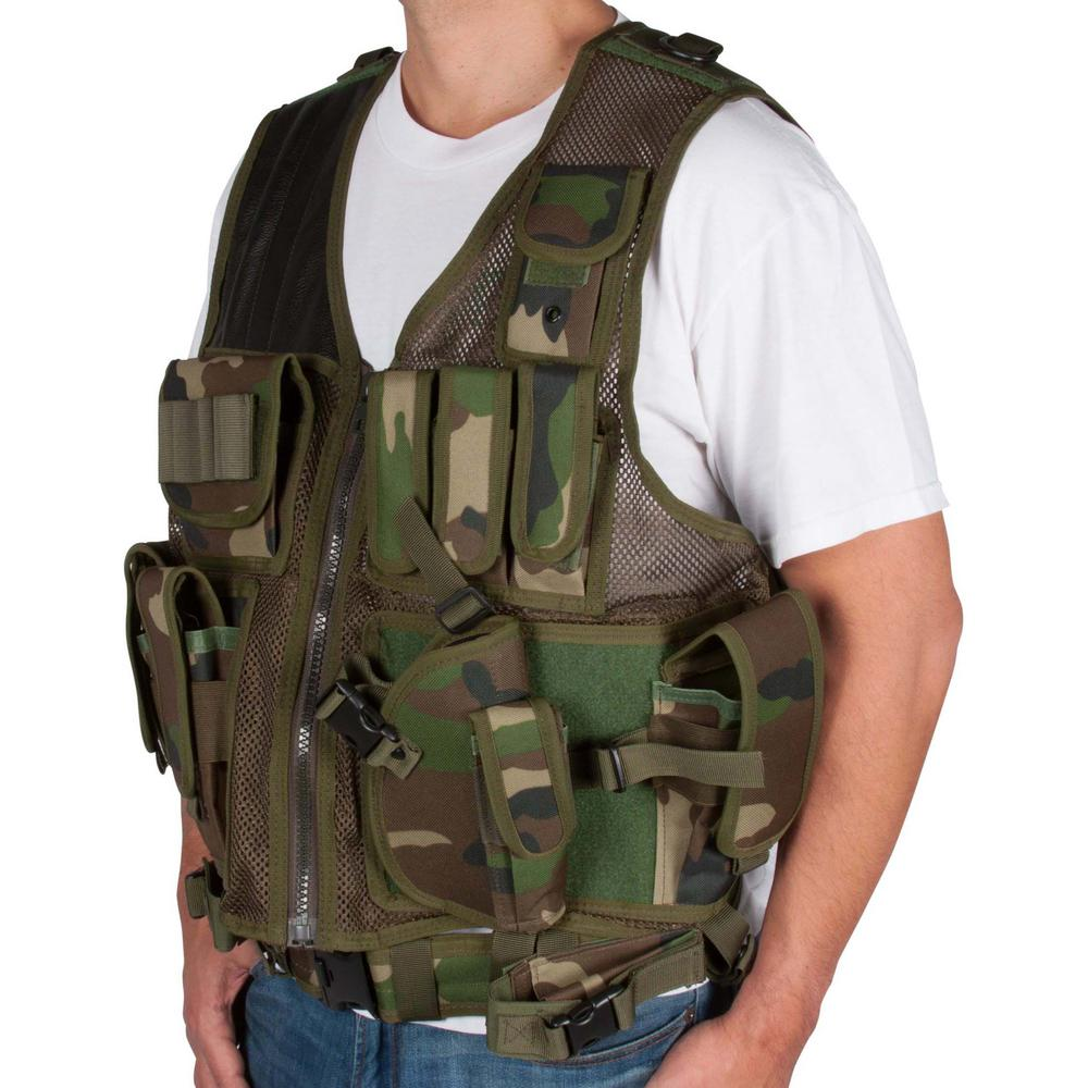 Adjustable Tactical Military and Hunting Vest in Camouflage