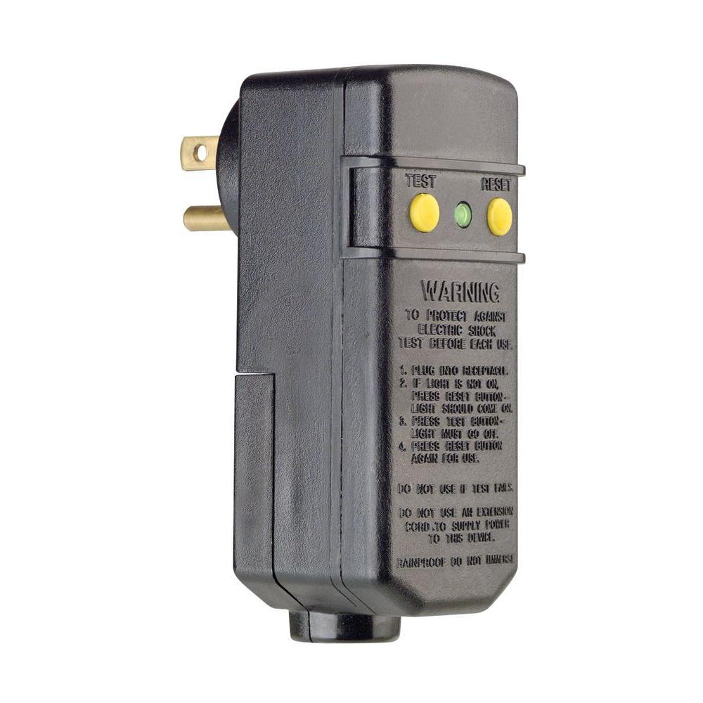 15 Amp Compact Right Angle Plug-In GFCI, Black