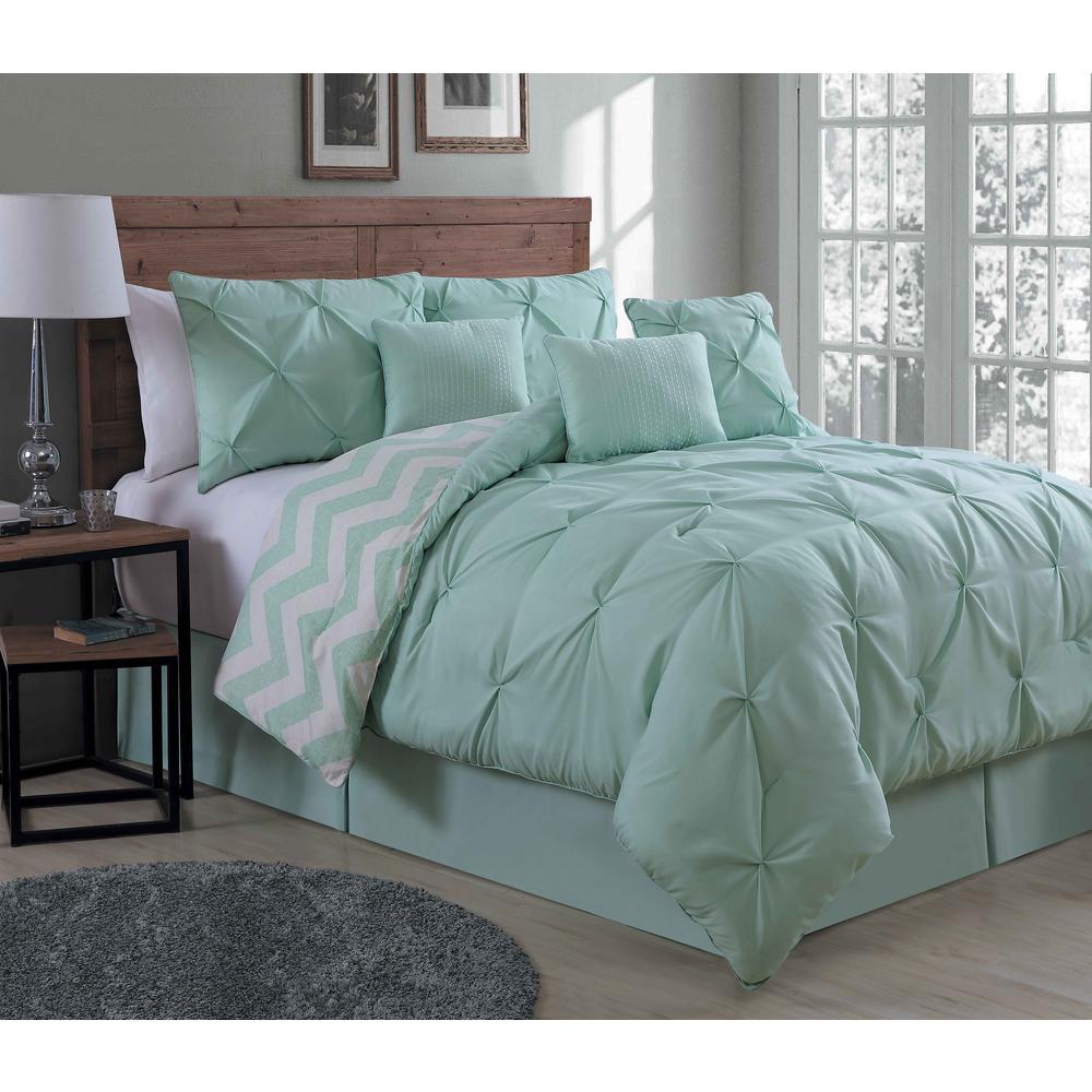 Ella 7-Piece Mint Queen Comforter Set