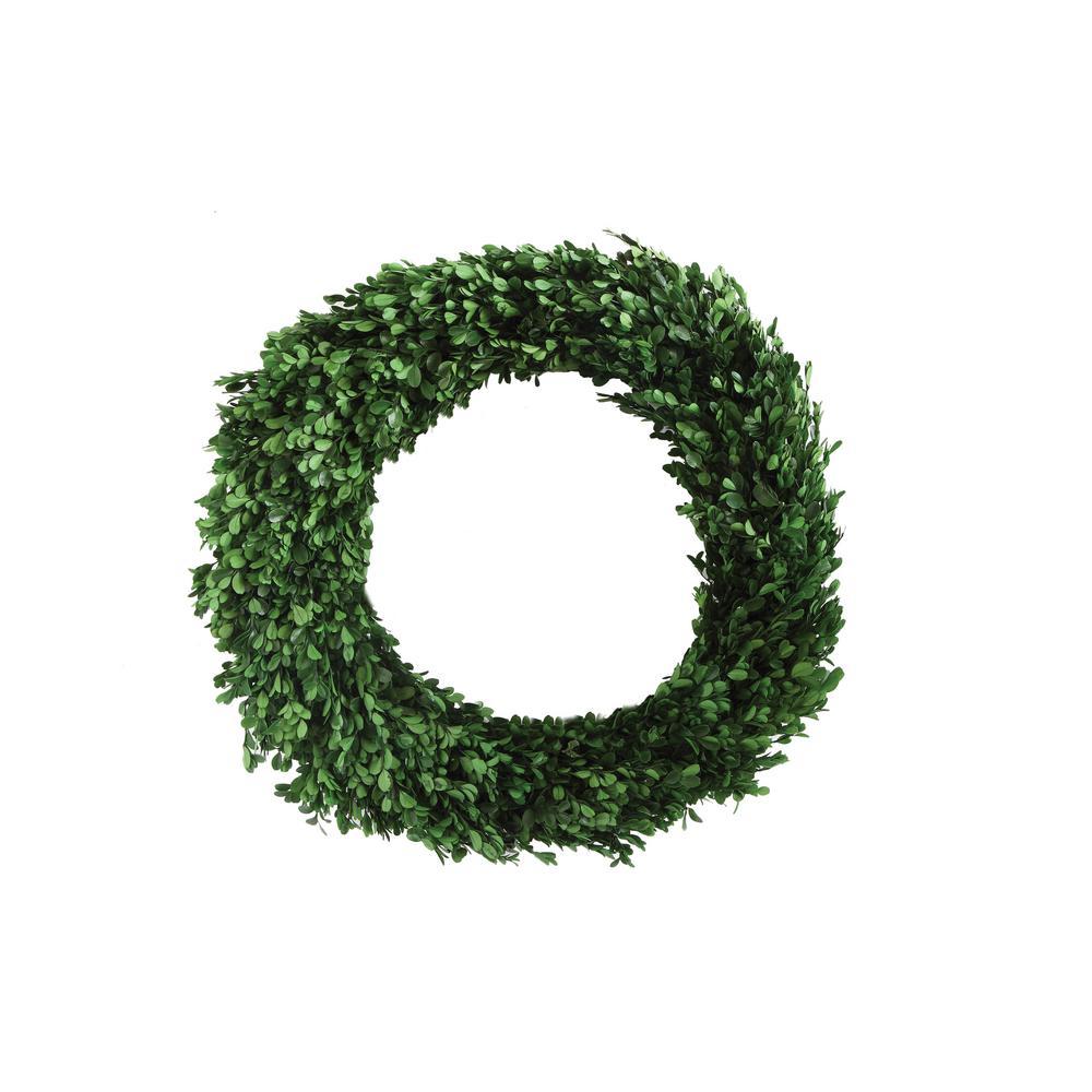 Round 21.50 in. Boxwood Wreath