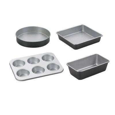 Chef's Classic 4-Piece Black Bakeware Set
