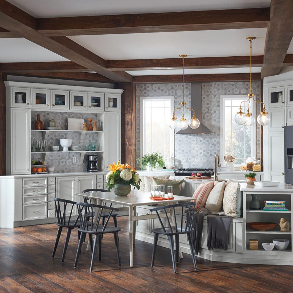 Thomasville Kitchen Cabinets >> Thomasville Artisan Custom Kitchen Cabinets Shown In Farmhouse Style