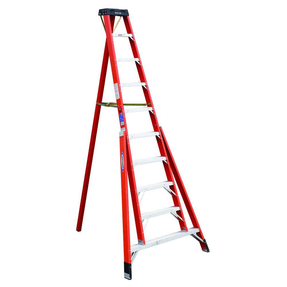werner 10 ft fiberglass tripod step ladder with 300 lb load capacity type ia duty rating. Black Bedroom Furniture Sets. Home Design Ideas