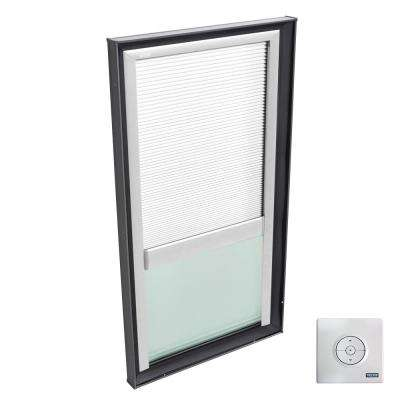 30-1/2 in. x 46-1/2 in. Fixed Curb Mount Skylight w/ Tempered Low-E3 Glass & White Solar Powered Light Filtering Blind