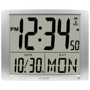 La Crosse Technology 20 in Extra Large Digital Atomic Wall Clock