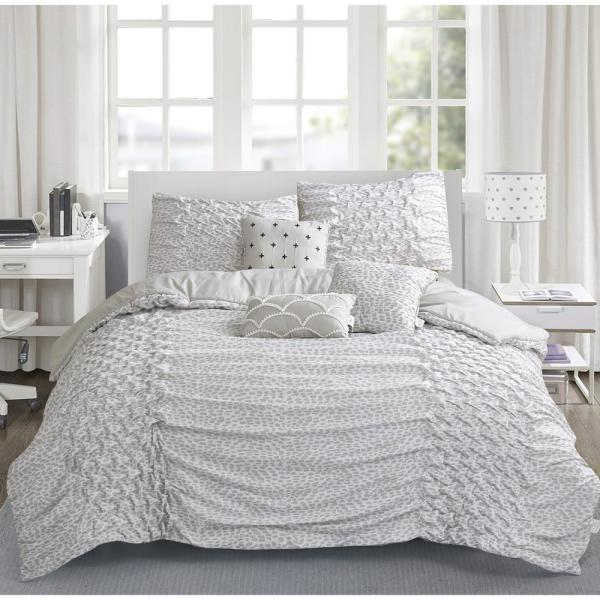 Brown & Grey Carnival 6-Piece Taupe Queen Comforter Set BG624TP03