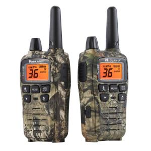 Midland Mossy Oak X-Talker 38-Mile 2-Way Radios Charger in Break Up Country Camo by Midland
