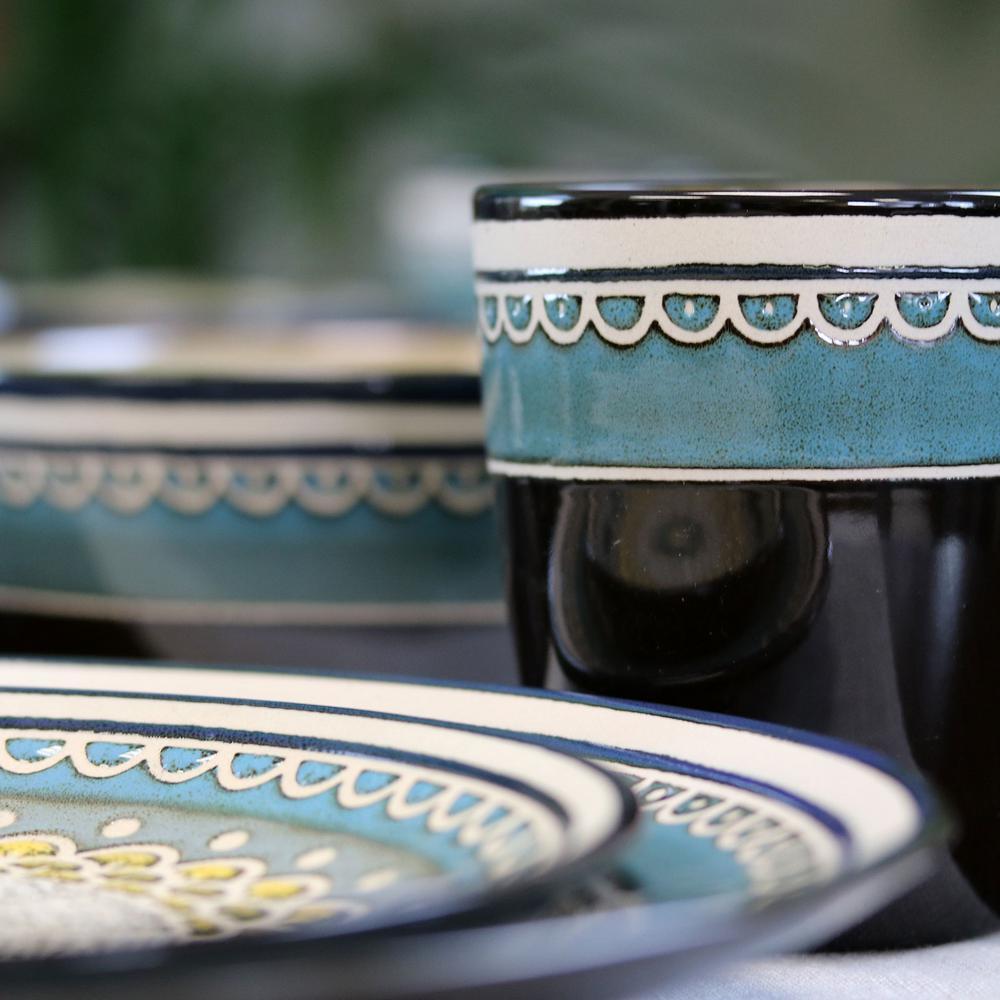 Amberdale 16-Piece Teal Stoneware Dinnerware Set