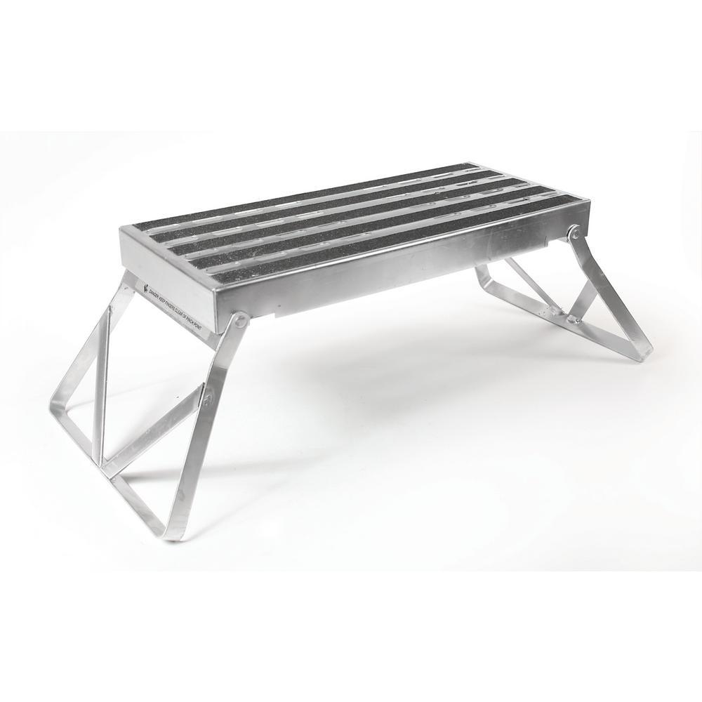Camco Step Stool Metal Bi Fold W Non Skid 43675 The