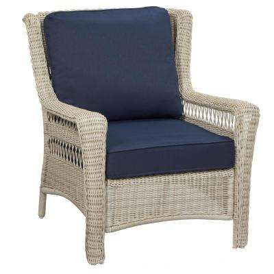 Park Meadows Off-White Stationary Wicker Outdoor Lounge Chair with Midnight Cushion