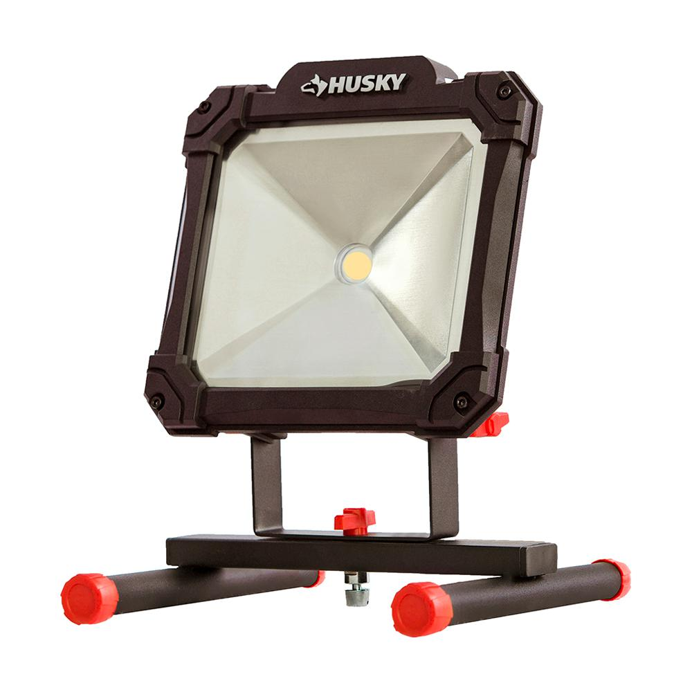 husky 3500lumen led portable worklight