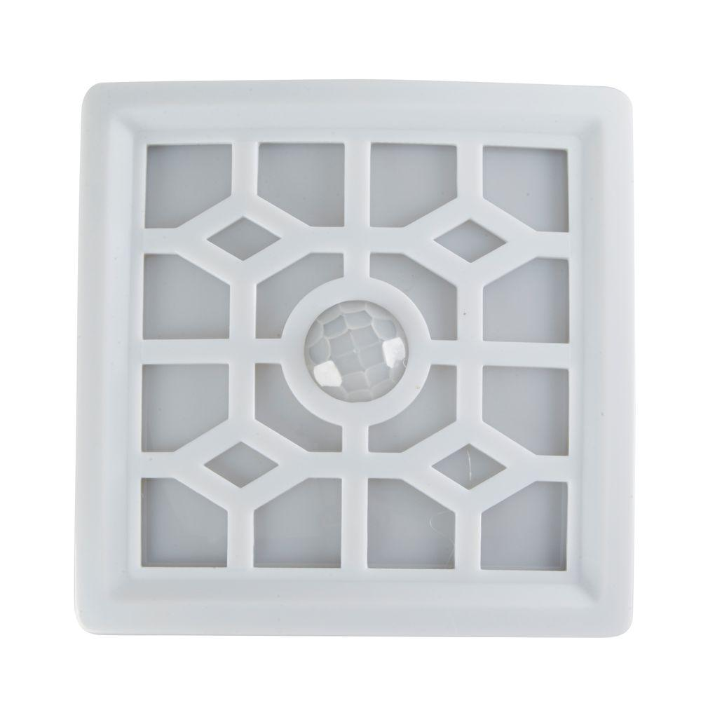 White 4-LED Soft Glow Sensor Light