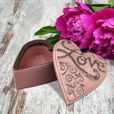6 in. x 3 in. Matte Rose Ceramic Heart Shaped Love Box