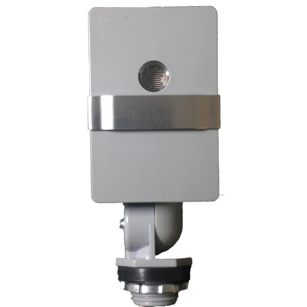 1800-Watt Outdoor Stem Mount Swivel Adjustable Dusk-To-Dawn Light Control