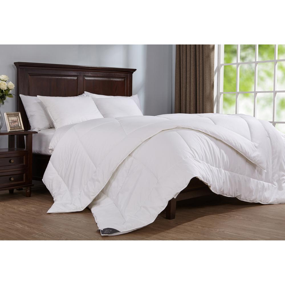 400 Thread Count Down Alternative Year Round Comforter King in White