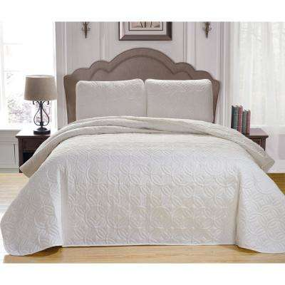 Mccubbins Seafoam-White Full/Queen Bedspread Set