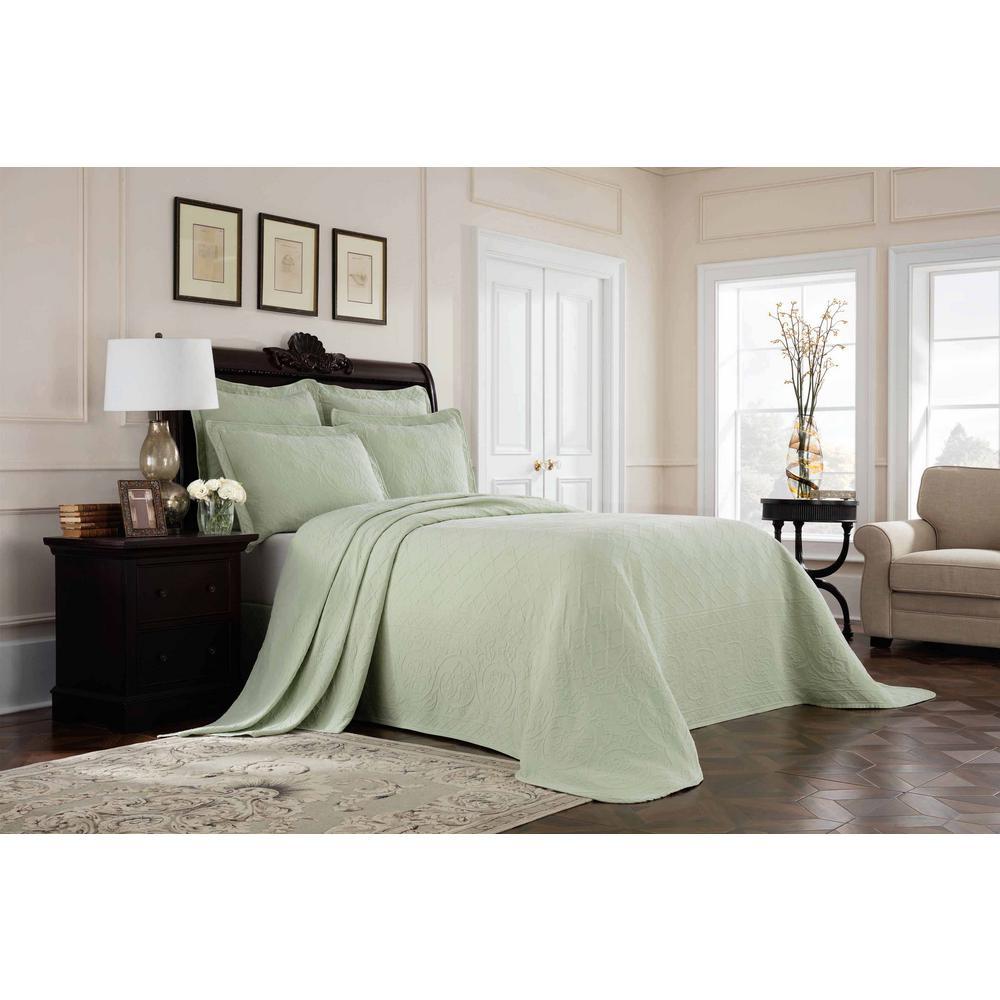 Williamsburg Richmond Green Queen Bedspread