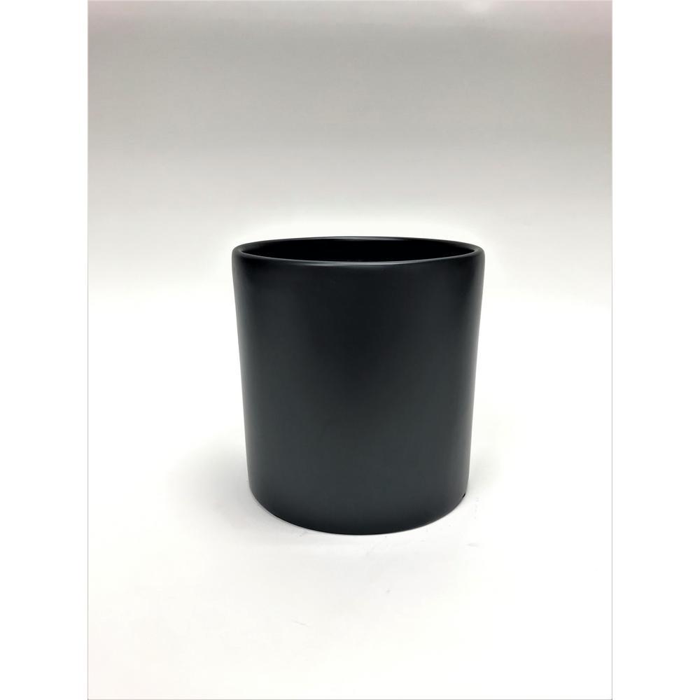 Silas 12 in. Black Fiberglass Pot