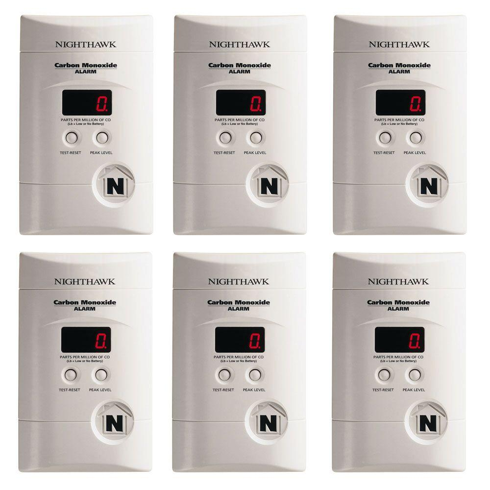 Plug-in Carbon Monoxide Detector with 9V Battery Backup a...