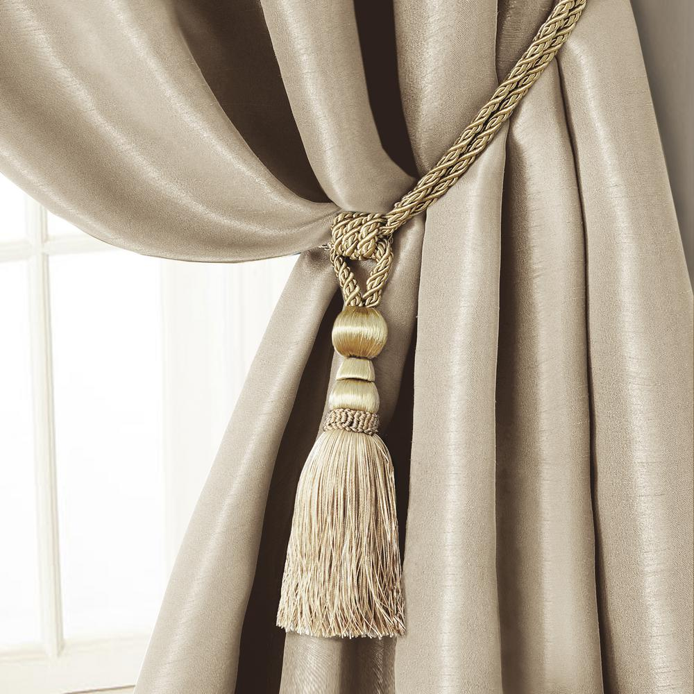 Amelia 24 in. Tassel Tieback Rope Cord Window Curtain Accessories in
