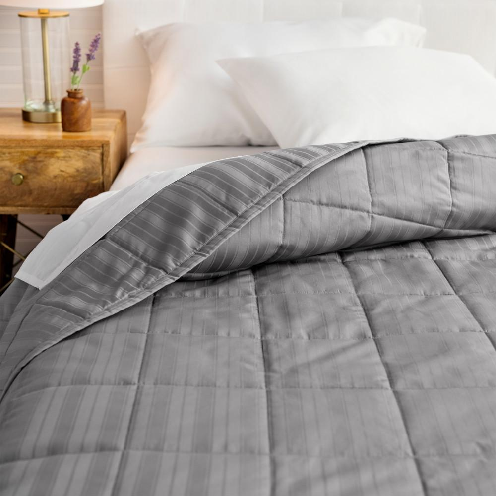 WELHOME The Alexander Cotton Pewter King Quilt, Silver was $160.99 now $88.54 (45.0% off)