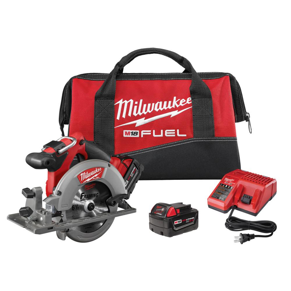 Milwaukee M18 FUEL 18-Volt Lithium-Ion Brushless 6-1/2 in. Cordless Circular Saw Kit