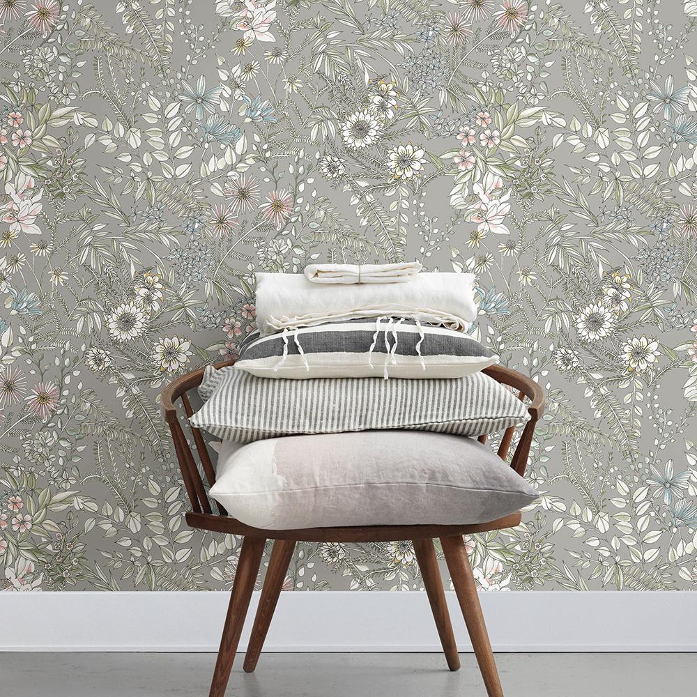 56.4 sq. ft. Full Bloom Beige Floral Wallpaper