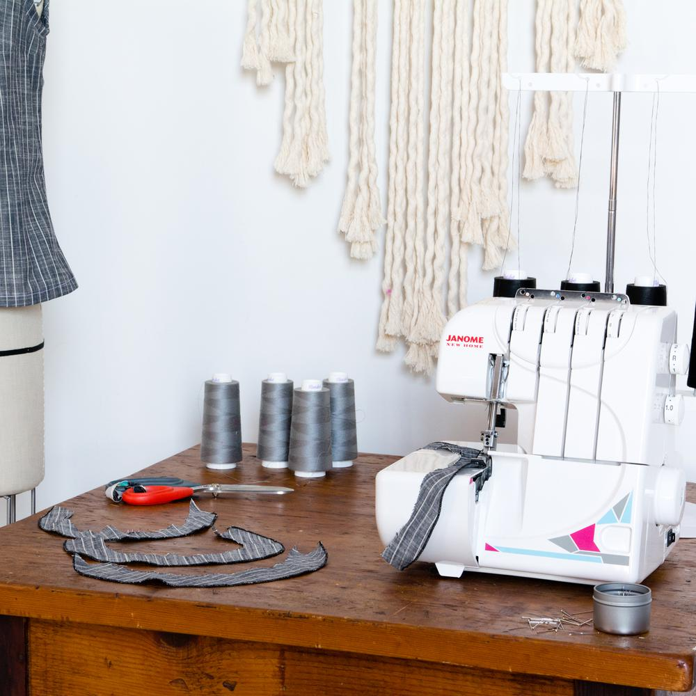 Janome MOD-8933D Serger with 4/3 Thread Capability and Di...