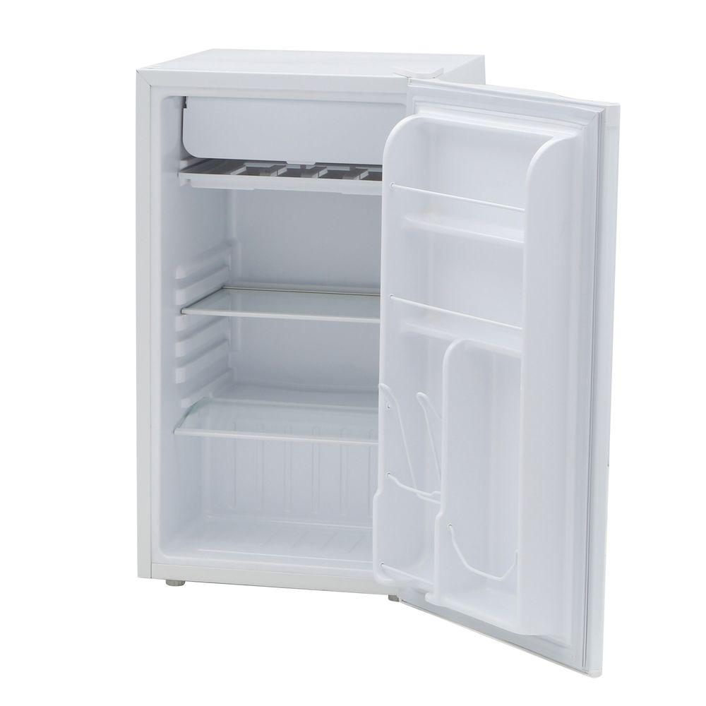 IGLOO 3 cu. ft. Mini Refrigerator in White