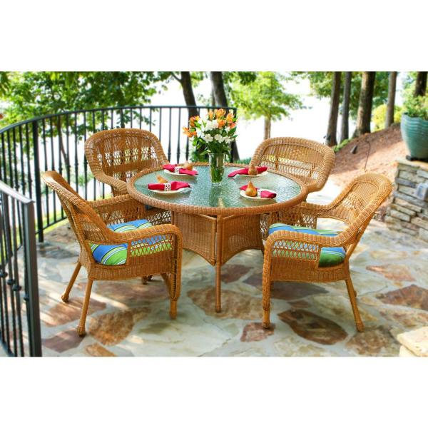 Portside Amber 5-Piece Wicker Outdoor Dining Set with Haliwell Caribbean Cushion