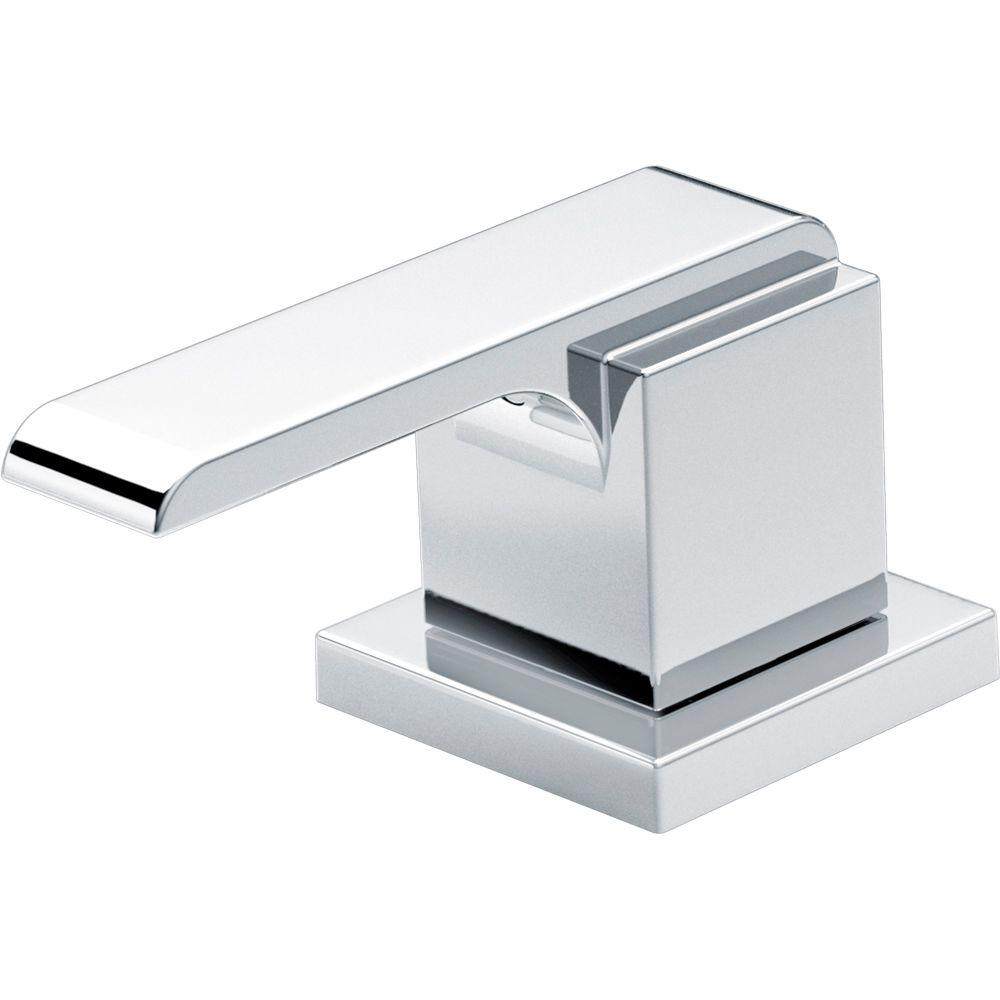 Pair of Ara Metal Lever Handles in Chrome
