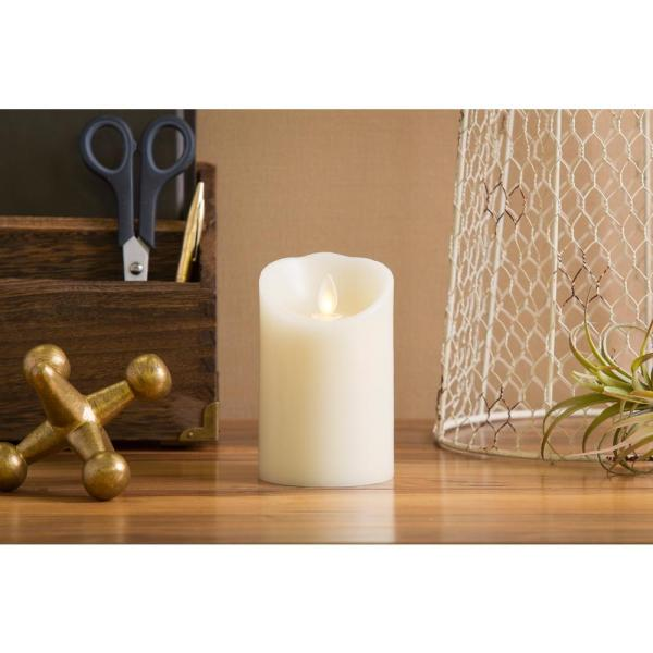 4 in  H x 4 in  H Ivory Vanilla Scented Candle