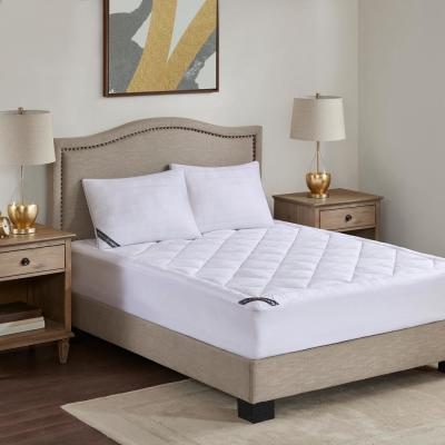 525 Thread Count White Cal King Cotton Rich Down Alternative Mattress Pad