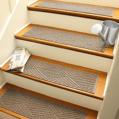 Diamonds 8.5 in. x 30 in. Stair Treads (Set of 4) Camel