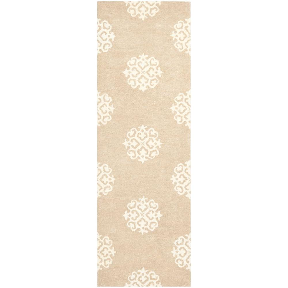 Soho Beige/Ivory 2 ft. 6 in. x 6 ft. Runner