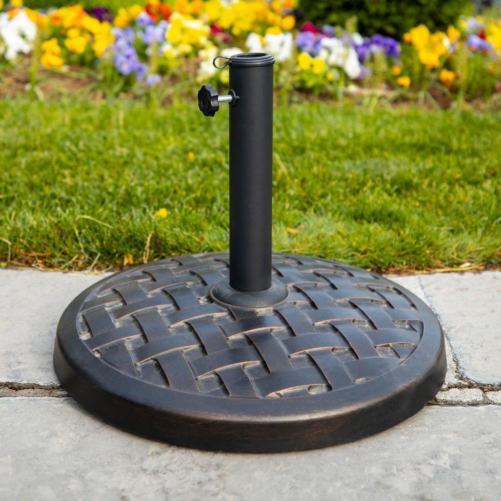 Round Metal Patio Umbrella Base in Antique Bronze