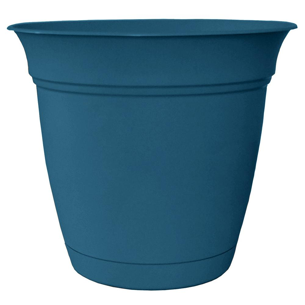 Belle 8 in. Dia. Peacock Blue Plastic Planter with Attached Saucer