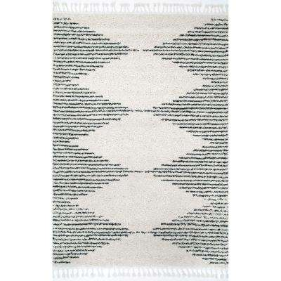 Bria Moroccan Diamond Tassel Off White 6 ft. 7 in. x 9 ft. Area Rug