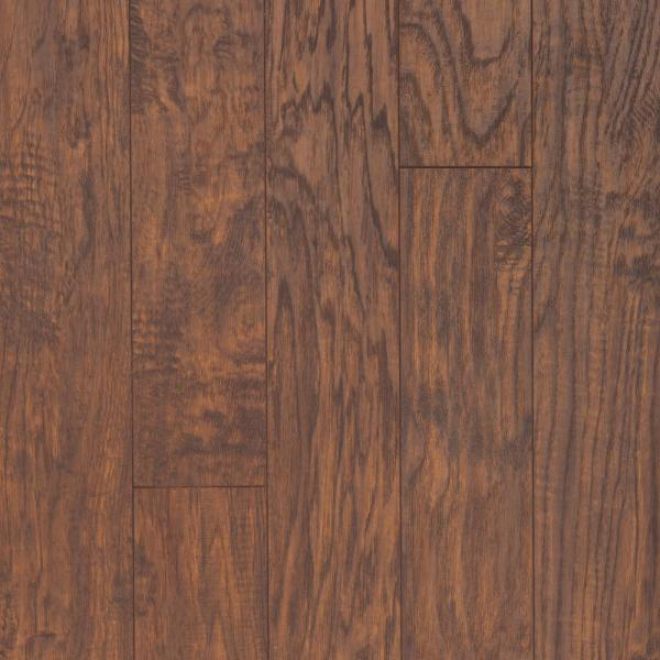 Pergo Xp Hazelnut Hickory 8 Mm T X 5 23, What Is The Difference Between Pergo And Laminate Flooring