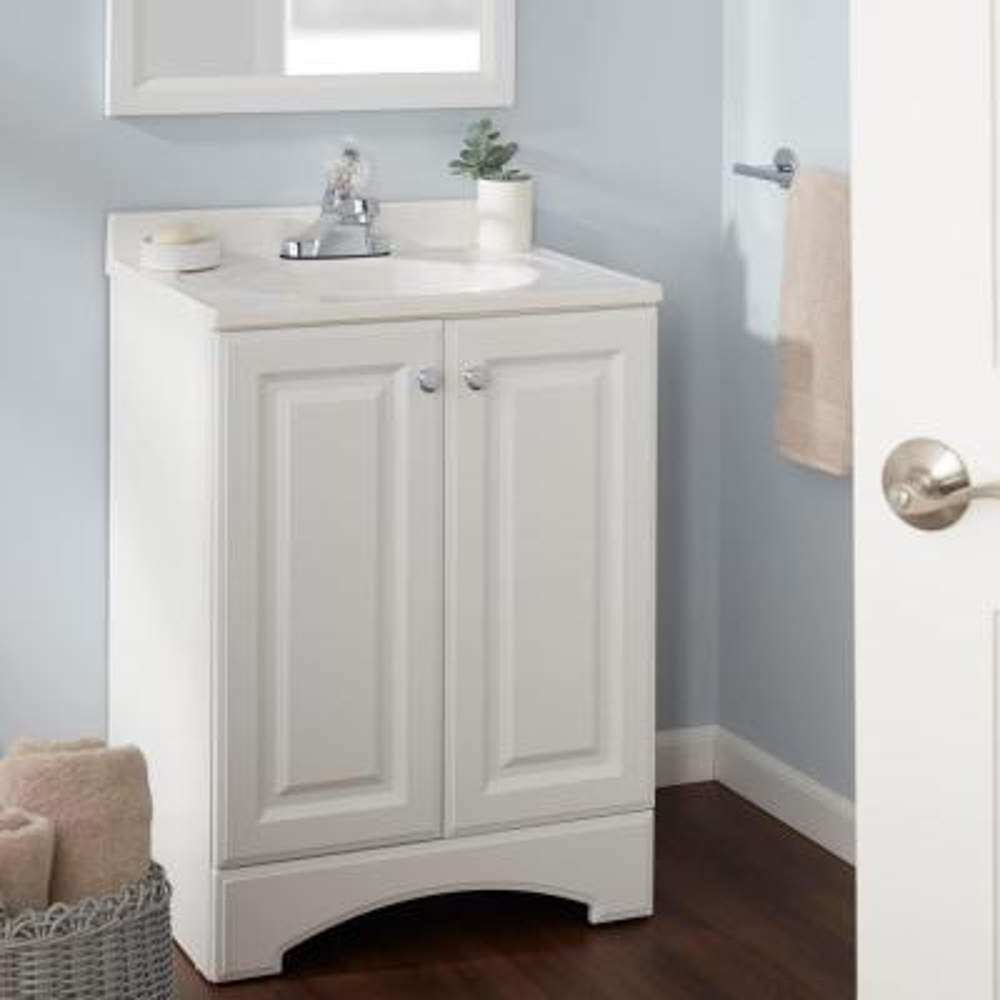 Aragon 4 in. Centerset Single-Handle Bathroom Faucet in Chrome