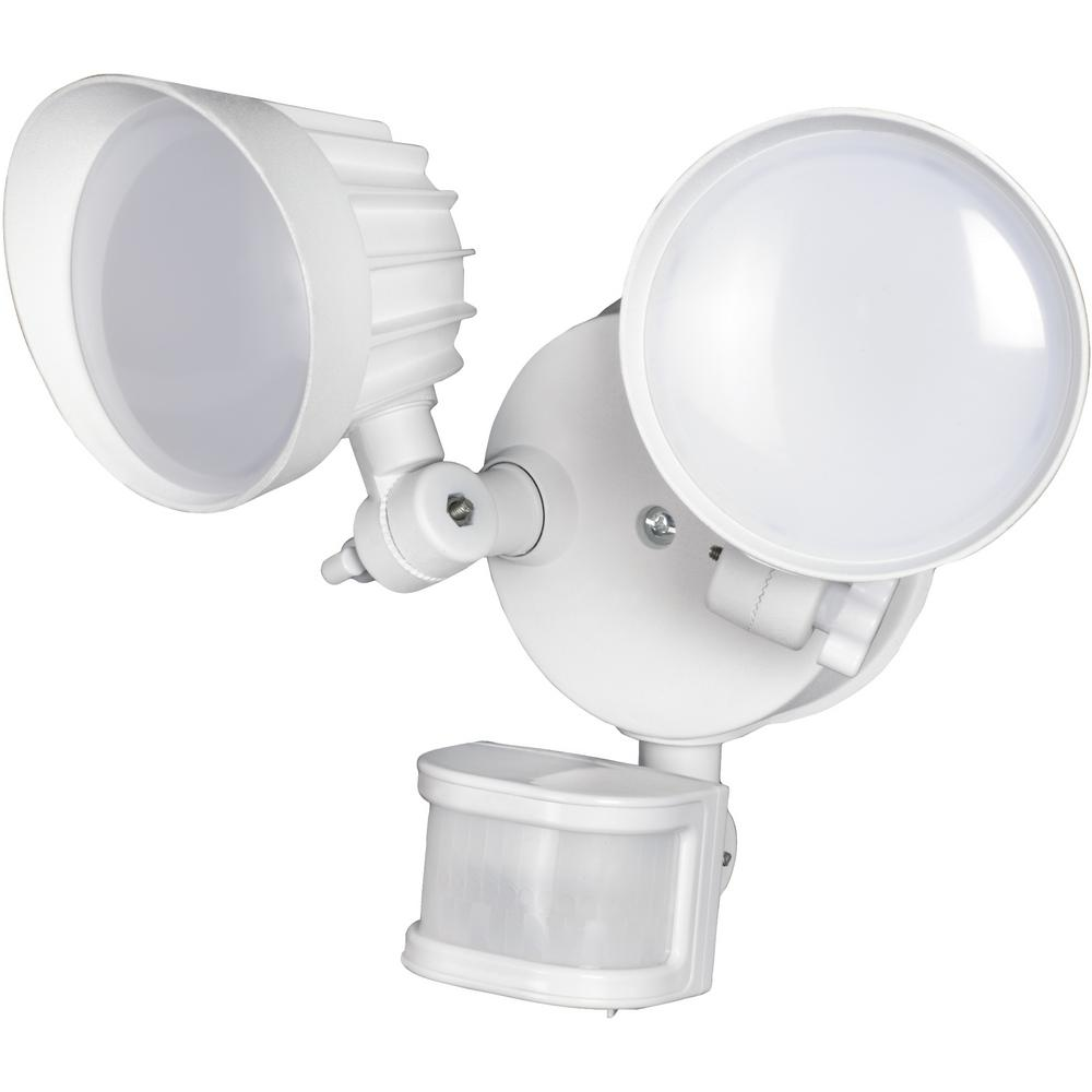 Honeywell Honeywell 30-Watt 180-Degree White Motion Activated Integrated LED Outdoor Flood Light