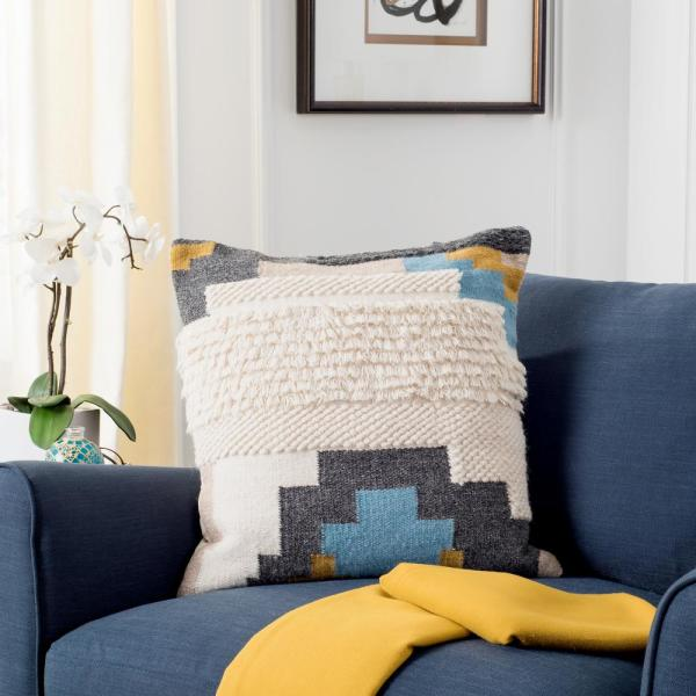 Safavieh Binx Standard Pillow PLS301A-2020