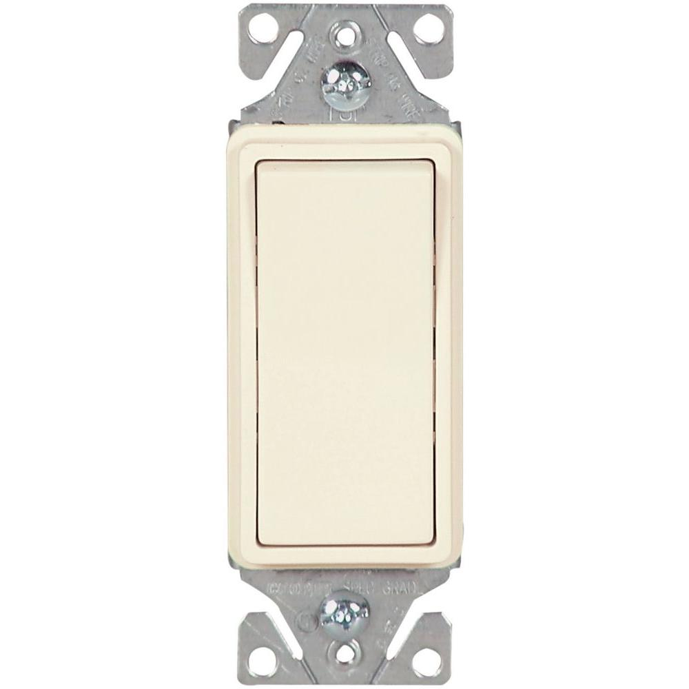 15 Amp 120-Volt/277-Volt Heavy-Duty Grade 3-Way Decorator Lighted Rocker Switch