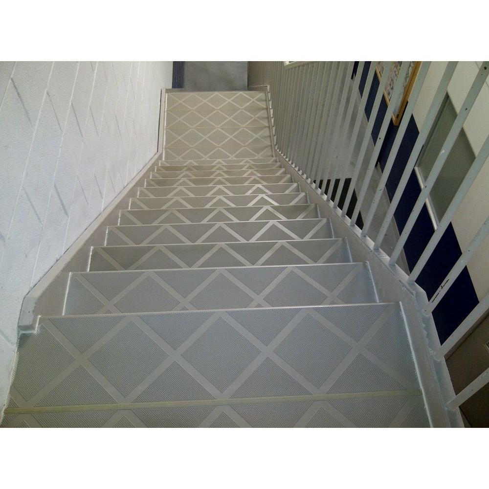 Anti Slip Stair Tread Step Cover 48 Inch Skid Resistant