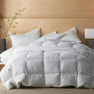 LaCrosse Medium Warmth White Queen Down Comforter
