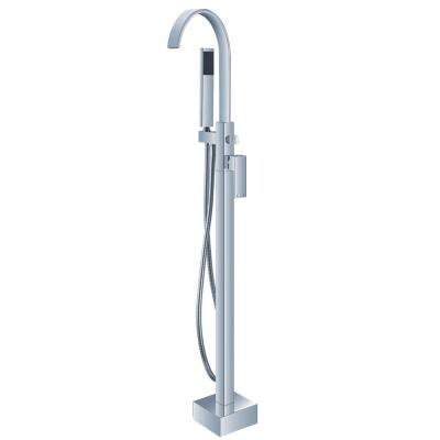 Single-Handle Freestanding Roman Tub Faucet with Handshower in Chrome