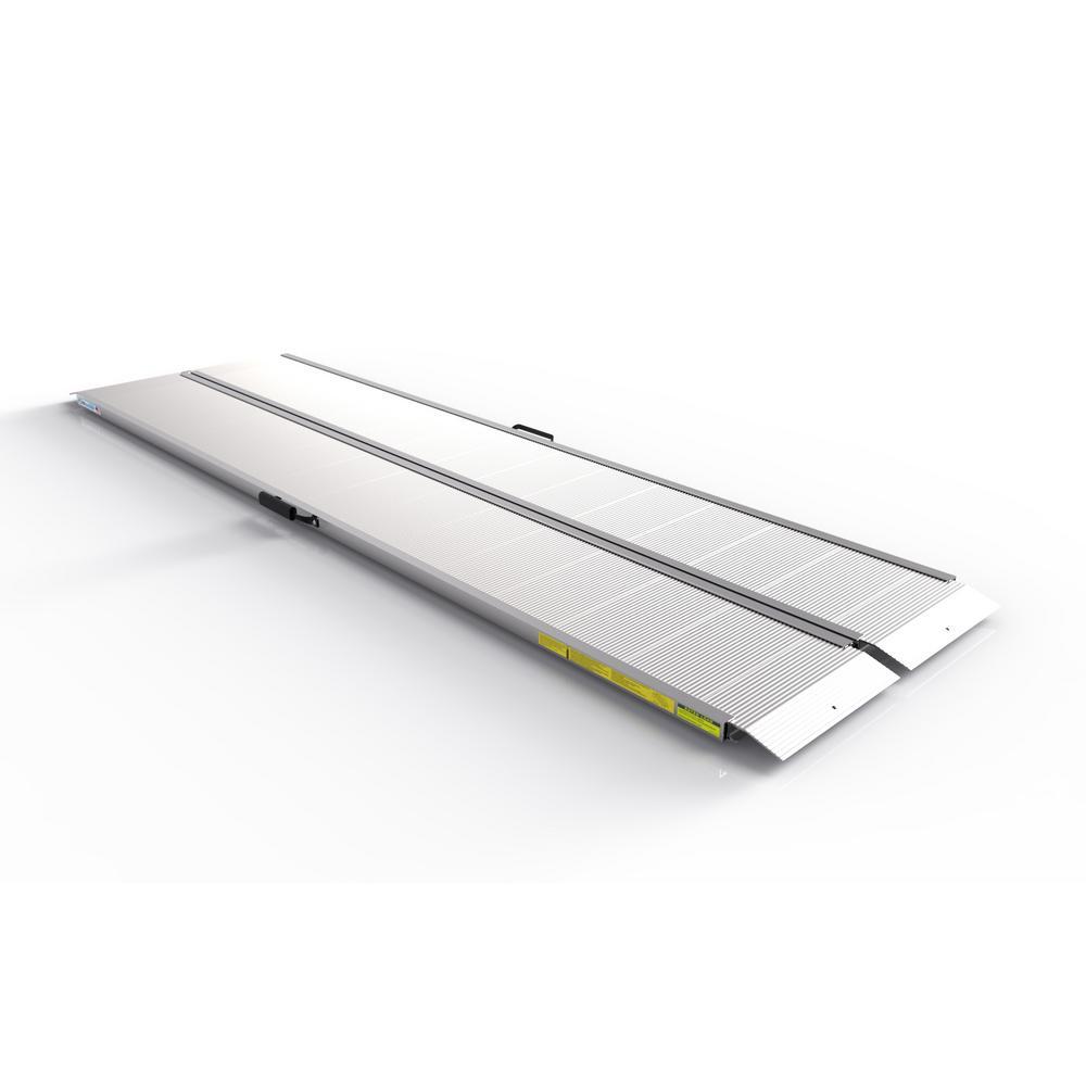 TRAVERSE 8 ft. Singlefold Edgeless Aluminum Loading Ramp