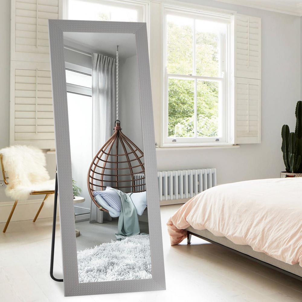 Retro/Classic Large Full Length Floor Mirror In Living Room Walkway